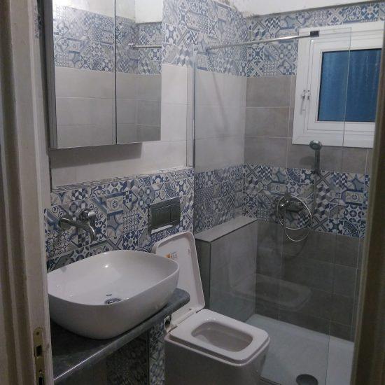 Πλήρης ανακαίνιση μπάνιου στην περιοχή του κέντρου