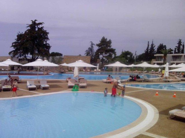 Ξενοδοχείο Γερακίνα, Διάφορες Εργασίες Εγκαταστάσεων